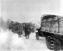 Belgia, 19 I 1945 rok- Kolumna transportowa w rejonie stacjonowania 1 Dywizji Piechoty; Sourbrodt.
