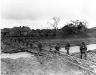 Niemcy, 3 III 1945 rok- Komapania L, 3 Batalionu 26 Pułku, przekracza most na rzece Erft zbudowanym przez inżynierów dwie godziny wcześniej; Bliesheim.