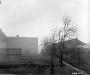 Niemcy, 2 IV 1945 rok- GI schylający się przed ewentualnym strzałem snajpera, Scharfenberg.